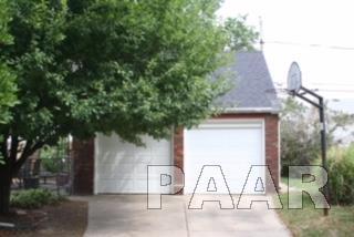 1.5 Story, Single Family - PEORIA, IL (photo 2)
