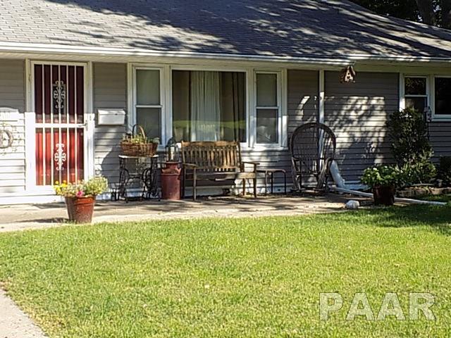 Ranch, Single Family - Pekin, IL (photo 3)