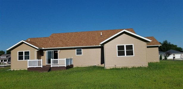 Ranch, Single Family - Canton, IL (photo 4)