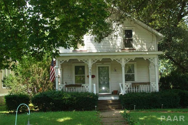1.5 Story, Single Family - FARMINGTON, IL (photo 2)