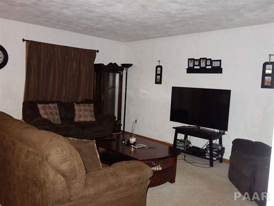 Attached Single Family, Ranch - Hanna City, IL (photo 3)