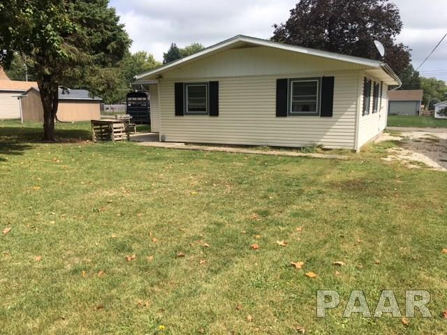 Ranch, Single Family - Canton, IL (photo 3)