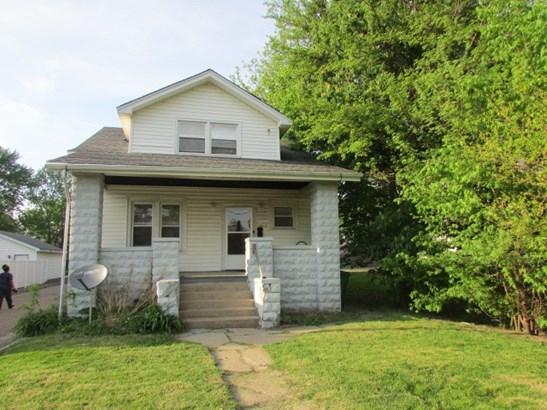 Bungalow, Single Family - West Peoria, IL (photo 1)
