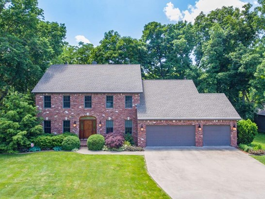 2 Story, Single Family - Germantown Hills, IL