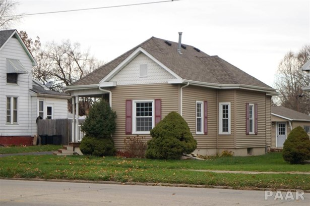 Bungalow, Single Family - Canton, IL (photo 4)