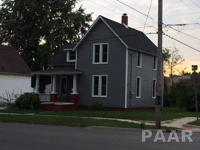 1.5 Story, Single Family - Canton, IL (photo 2)