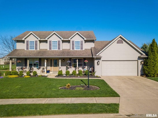 2 Story, Single Family - Metamora, IL