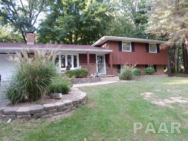 Tri-Level/3-Level, Single Family - GROVELAND, IL (photo 1)