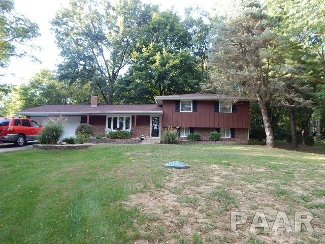 Tri-Level/3-Level, Single Family - GROVELAND, IL (photo 2)