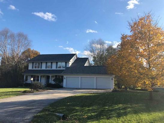 2 Story, Single Family - Mapleton, IL (photo 1)