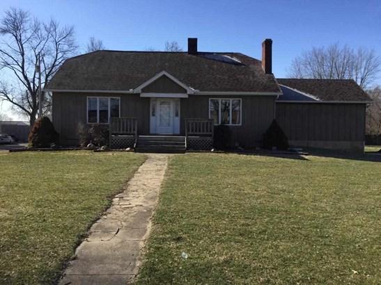1.5 Story, Single Family - Washburn, IL (photo 1)