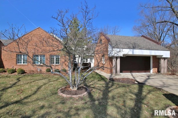 Attached Single Family, Ranch - Peoria, IL