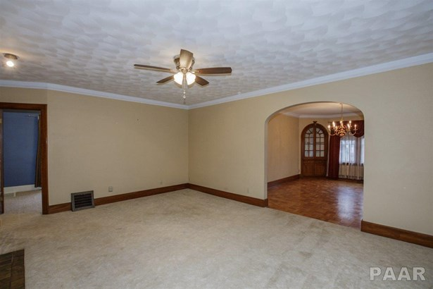 2 Story, Single Family - Peoria, IL (photo 5)