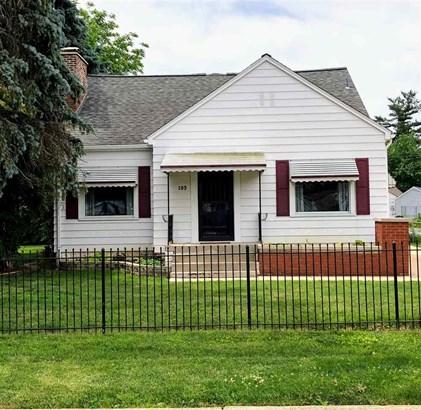 1.5 Story, Single Family - Bartonville, IL