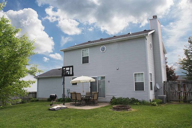 2 Story, Single Family - East Peoria, IL (photo 3)