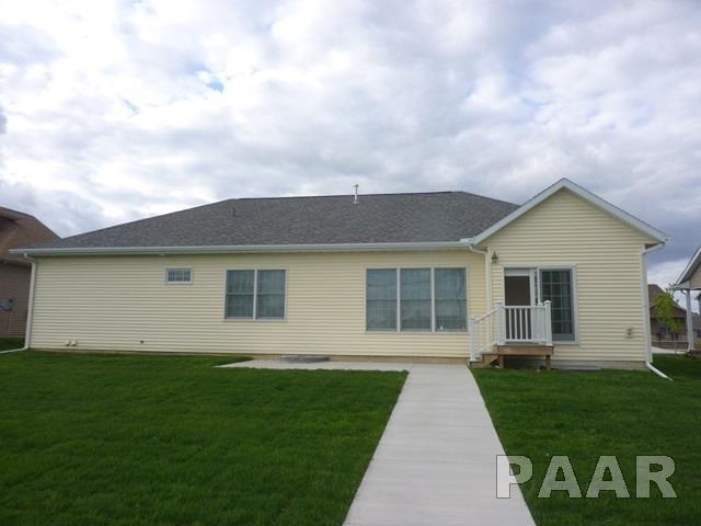 Ranch, Single Family - Washington, IL (photo 4)