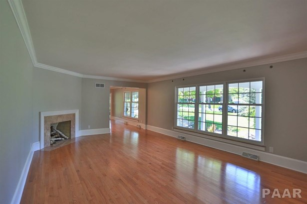 Ranch, Single Family - Peoria Heights, IL (photo 4)