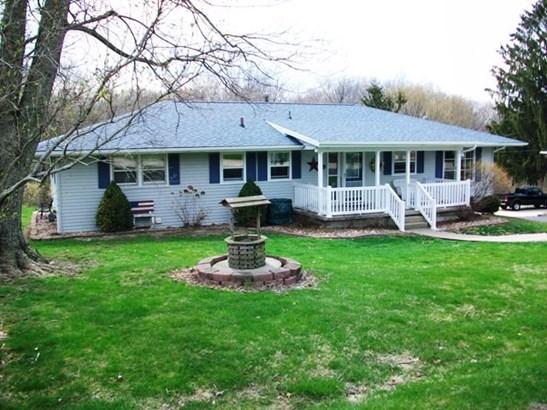 Ranch, Single Family - Canton, IL (photo 3)