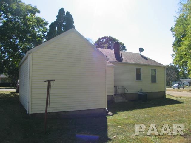 Bungalow, Single Family - Princeville, IL (photo 3)