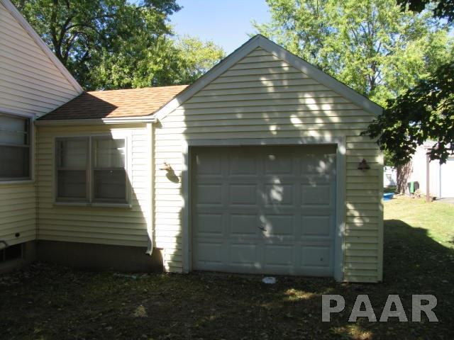 Bungalow, Single Family - Princeville, IL (photo 4)