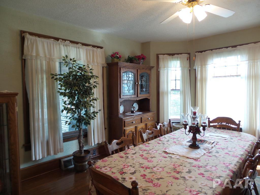 2 Story, Single Family - Chillicothe, IL (photo 3)