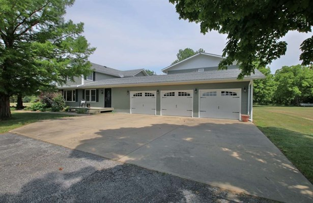 2 Story, Single Family - Fairview, IL