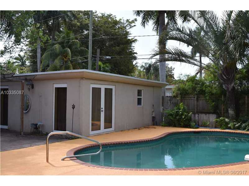 1438  Mayo St  , Hollywood, FL - USA (photo 3)