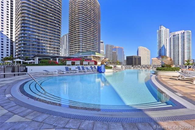 999 Sw 1st Ave  , Miami, FL - USA (photo 1)