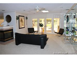 323  Glenbrook Dr  , Atlantis, FL - USA (photo 4)