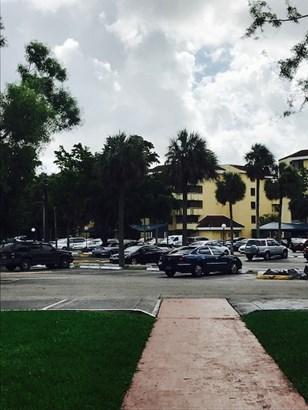 8255 Sw 152nd Ave  , Miami, FL - USA (photo 1)