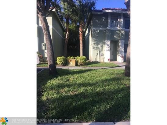 129  Hidden Court Rd, Hollywood, FL - USA (photo 3)