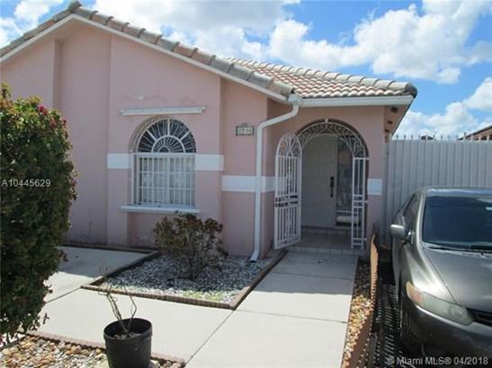 2730 W 70th St  , Hialeah, FL - USA (photo 1)