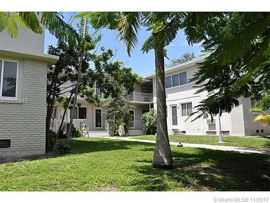 631 Ne 72 Te  , Miami, FL - USA (photo 1)