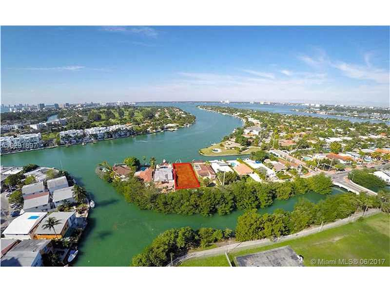 7580  Bayside Ln  , Miami Beach, FL - USA (photo 2)