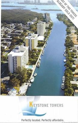 2000 Ne 135 St  , Miami, FL - USA (photo 3)