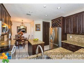 725  Tanglewood Cir, Weston, FL - USA (photo 2)