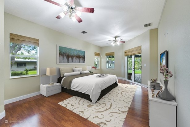 Welcome to 12297 SW 102 Avenue! (photo 2)