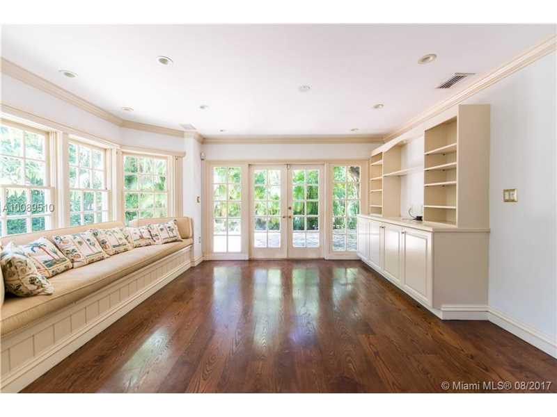 4155 Kiaora St, Coconut Grove, FL - USA (photo 5)