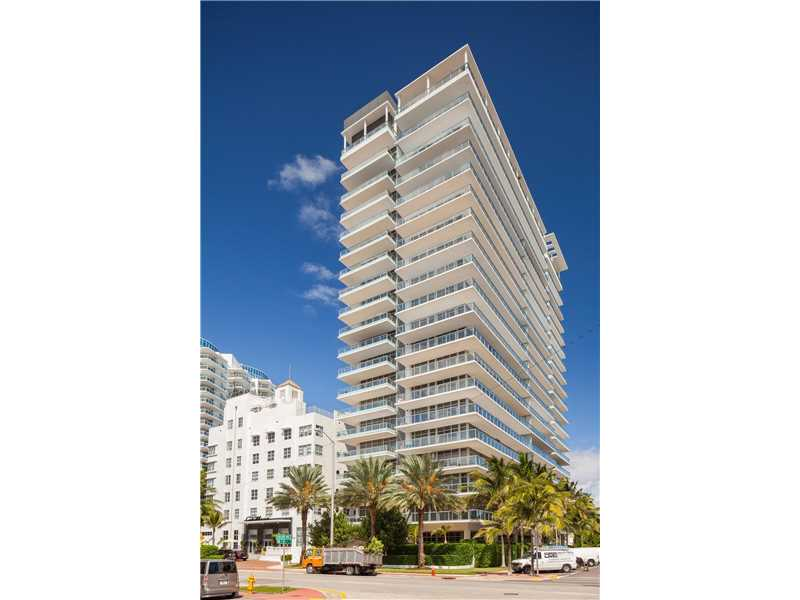 3737  Collins Ave  , Miami Beach, FL - USA (photo 1)