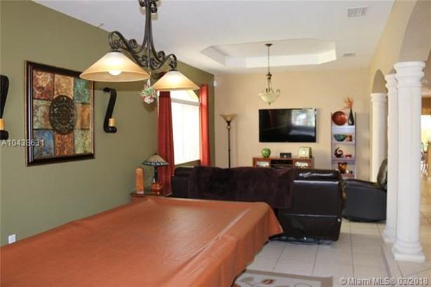 Tree Island Estates, 15374 Sw 23rd St  , Miami, FL - USA (photo 4)