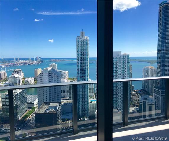 45 Sw 9th St  , Miami, FL - USA (photo 4)