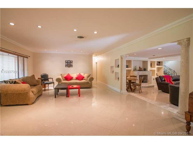 6210  Leonardo St  , Coral Gables, FL - USA (photo 4)