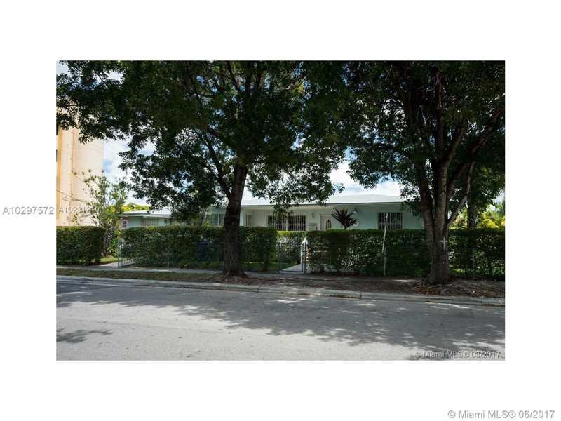 2225 Sw 25 Ave, Miami, FL - USA (photo 1)