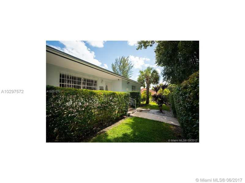2225 Sw 25 Ave, Miami, FL - USA (photo 2)