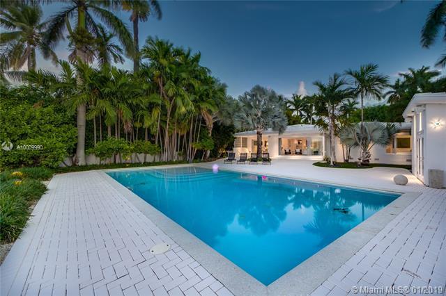6050 N Bay Rd  , Miami Beach, FL - USA (photo 3)