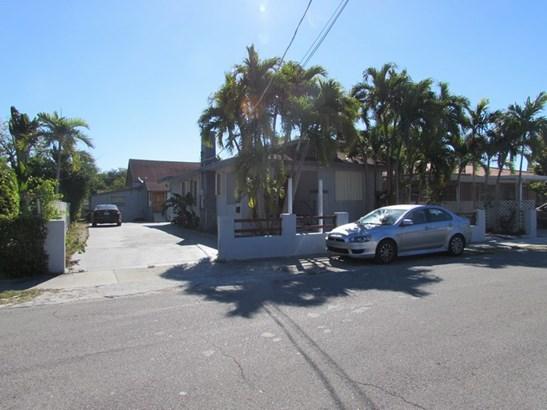 1131 Sw 14th Ave  , Miami, FL - USA (photo 1)