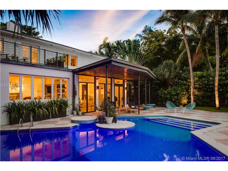 6165 Pine Tree Dr, Miami Beach, FL - USA (photo 1)