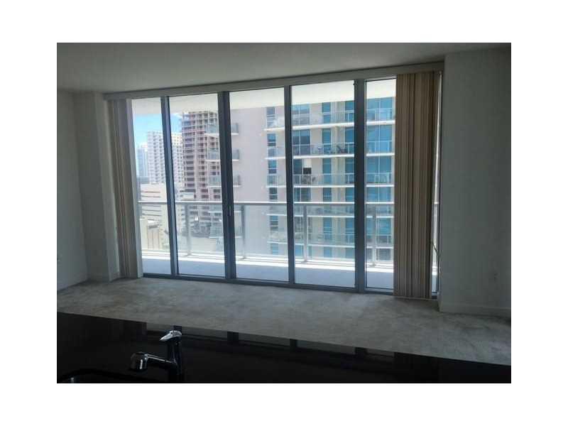 1111 Sw 1st Ave # 2319-n, Miami, FL - USA (photo 3)