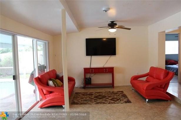 1160 Nw 92nd Ave, Pembroke Pines, FL - USA (photo 5)