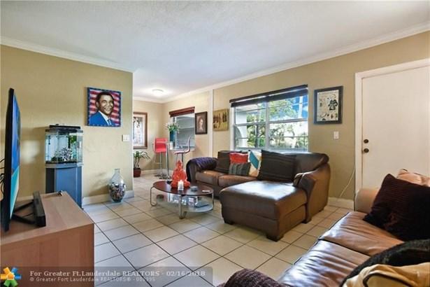 3421 Ne 15th Ave, Oakland Park, FL - USA (photo 4)